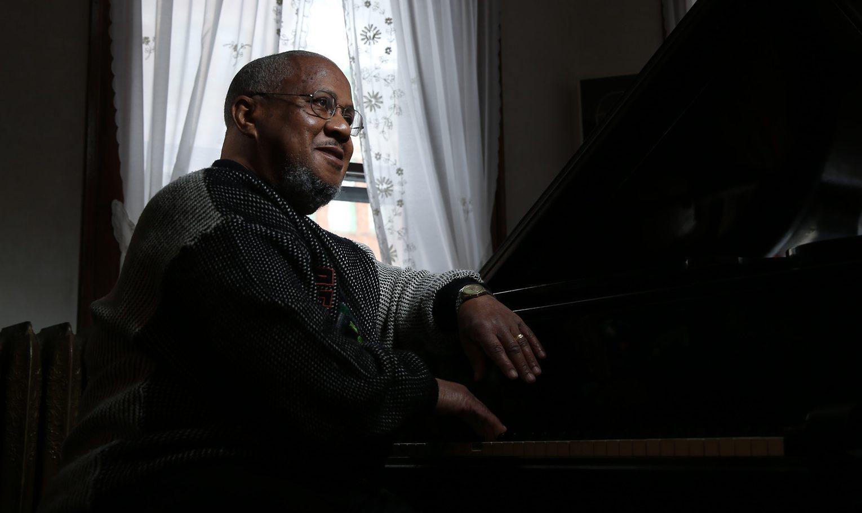 Pianist Willie Pickens